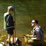 Découverte de la pêche de la truite aux appâts naturels.
